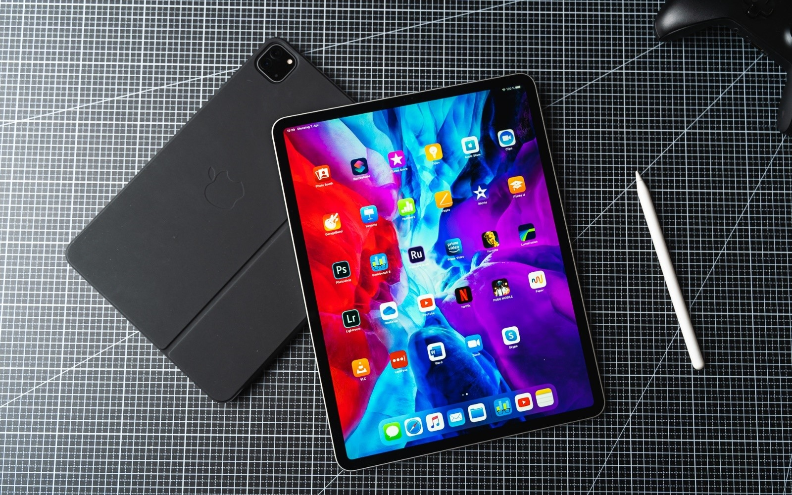 Apple iPad Pro 2020 Review: Better Than Samsung & Microsoft?