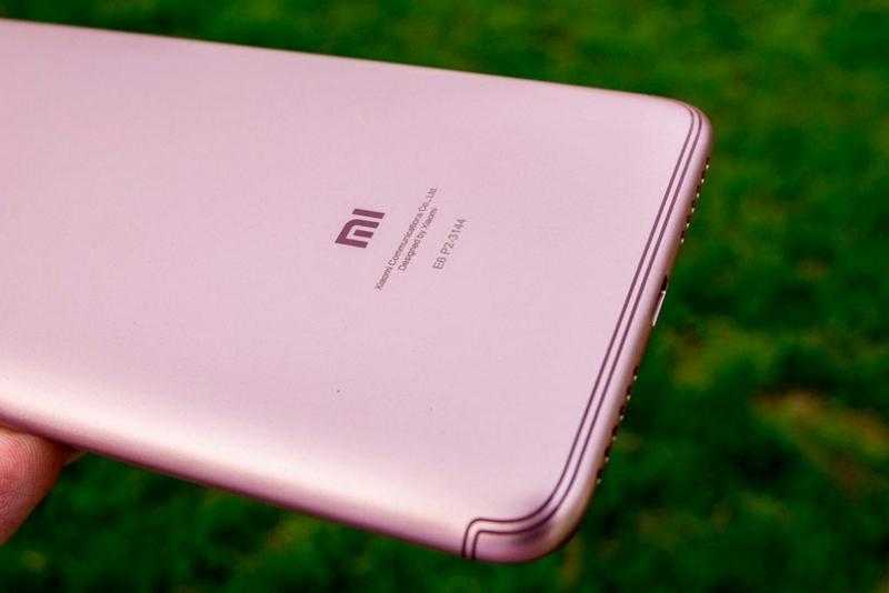 Xiaomi Redmi S2 bản màu Hồng vừa xuất hiện thực tế và đã sẵn sàng ra