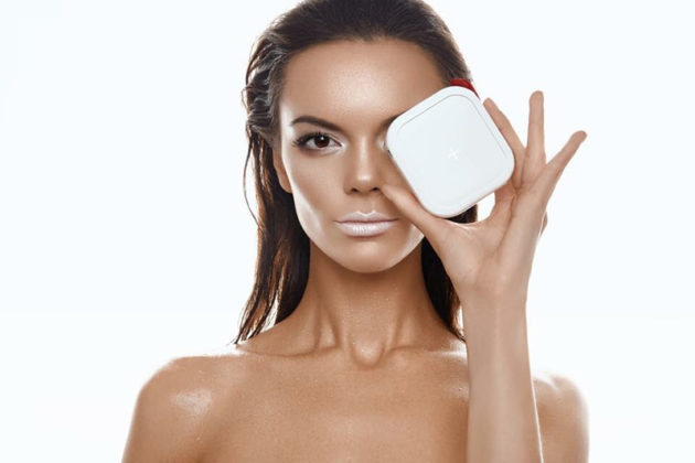MIPOW CubeX 10000+ mAh: Khi sạc dự phòng kiêm luôn phụ kiện thời trang