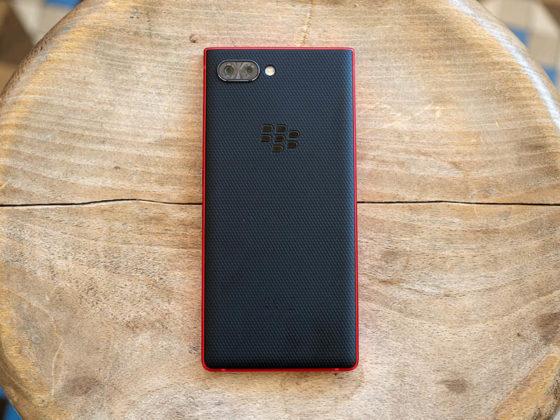 Blackberry Key2 màu đỏ