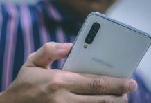 Với doanh số 2 triệu máy bán ra trong 40 ngày, Galaxy A củng...