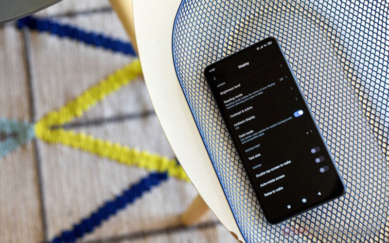 Xiaomi xác nhận Redmi K30 sẽ có màn hình đục lỗ như Galaxy S10+, hỗ trợ 5G