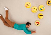 Sử dụng biểu tượng cảm xúc