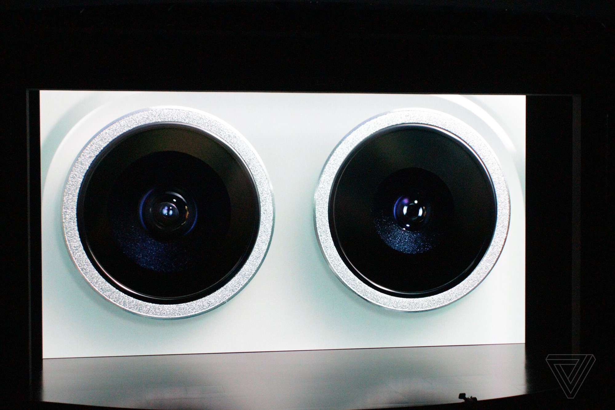 lcimg-b490664e-a28e-40d4-b960-a5f06cd82e75 Sự kiện công bố Apple iPhone 11 mới: Camera góc siêu rộng 120 độ, pin lớn hơn tới 5h so với iPhone XR, giá chỉ từ 699$
