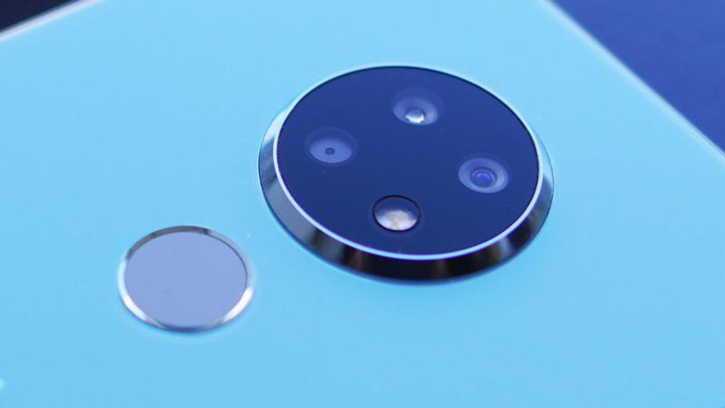 tren-tay-nokia-7-2-17 Trên tay Nokia 7.2 và Nokia 6.2: Nhìn tưởng bình thường, hoá ra tốt thật sự