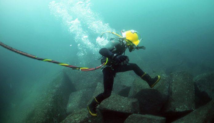 cáp quang biển gặp sự cố