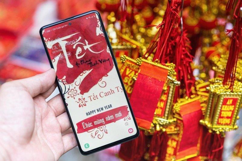 smartphone dịp Tết