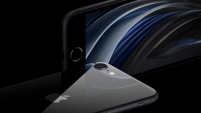 So sánh iPhone 8 và iPhone SE 2020