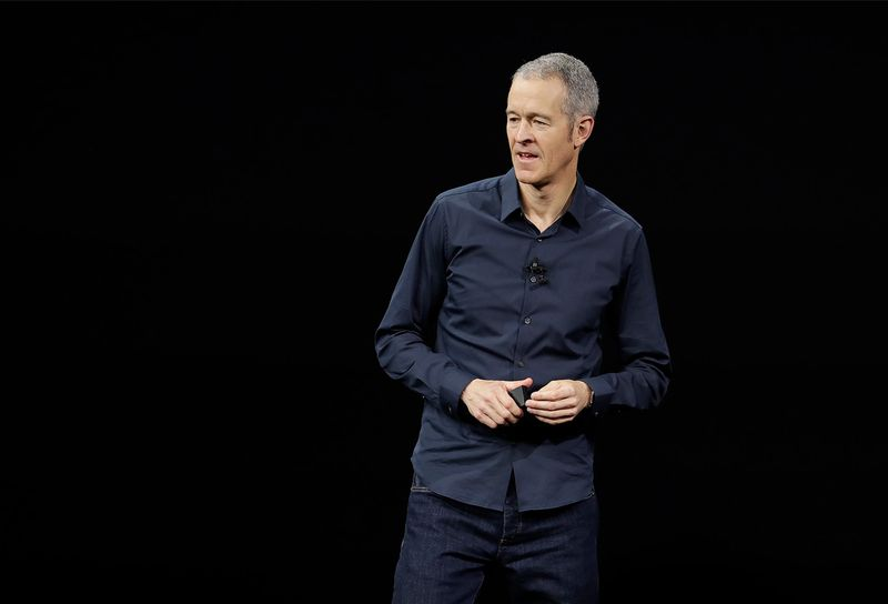 truoc-them-iphone-12-ra-mat-tim-cook-se-roi-di-sau-10-nam-lam-ceo-cua-apple-2