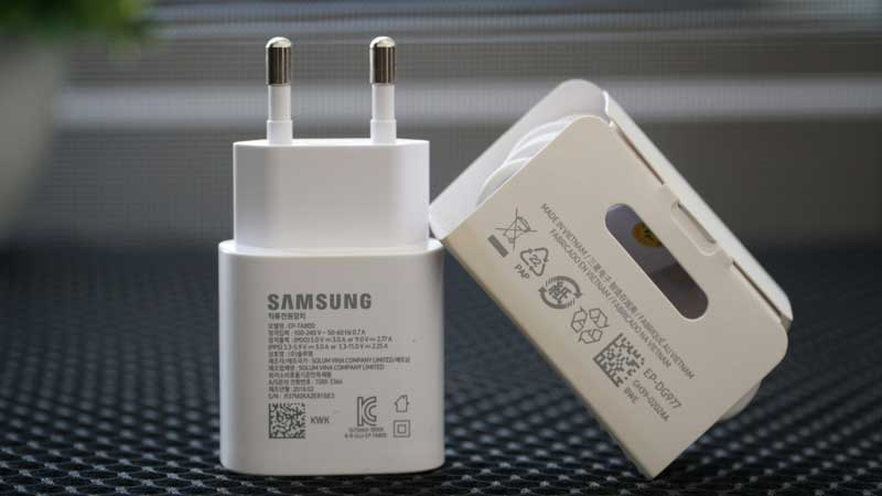 Samsung giảm giá bộ sạc 25W