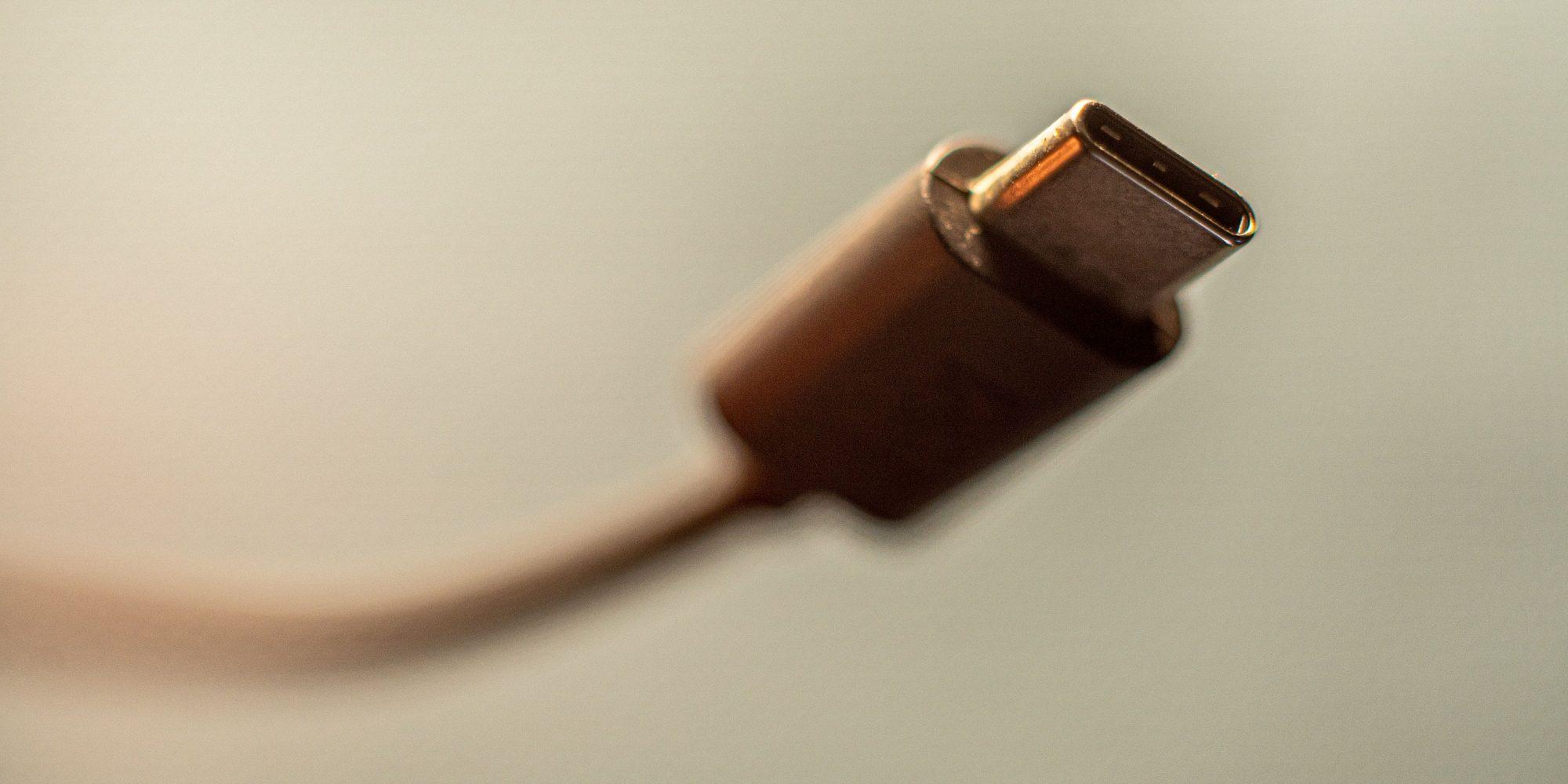 USB-C-240W-3