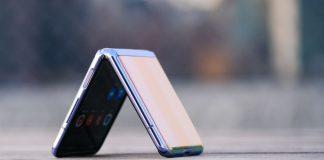 Tiện ích trên smartphone màn gập