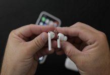 thói quen đeo tai nghe Bluetooth